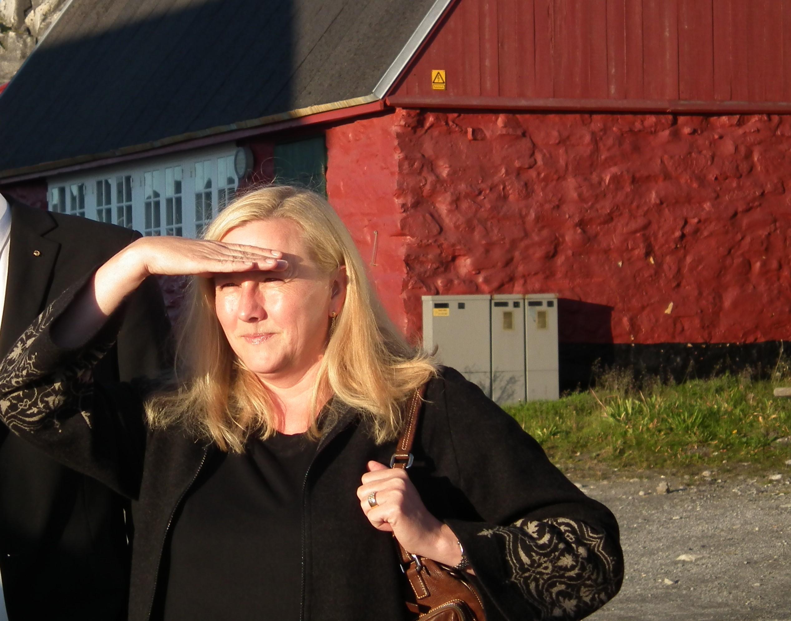 Sveriges samarbetsminister Ewa Björling ömmar för gruvindustrin