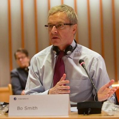 Bo Smith