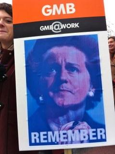 Cameron som Thatcher