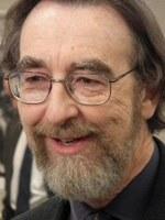 Paul O'Brien, OECD-ekonom