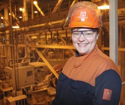 Janne Sigurðsson i fabriken större utsnitt