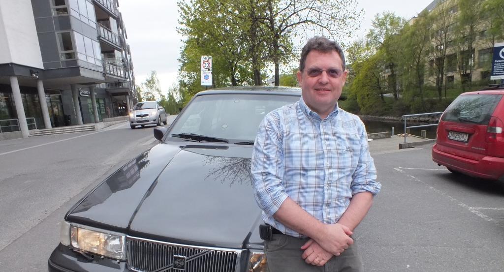Intresset för motorer drev honom till Sverige -men lönen blev för låg