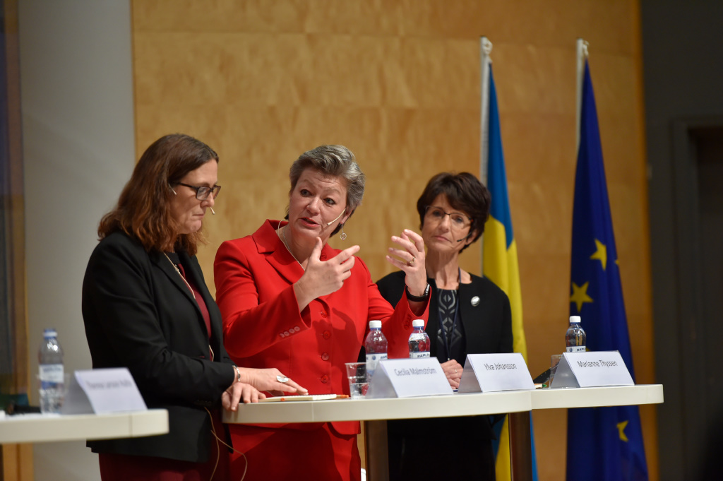 Folket och facket ställer EU mot väggen om den sociala pelaren