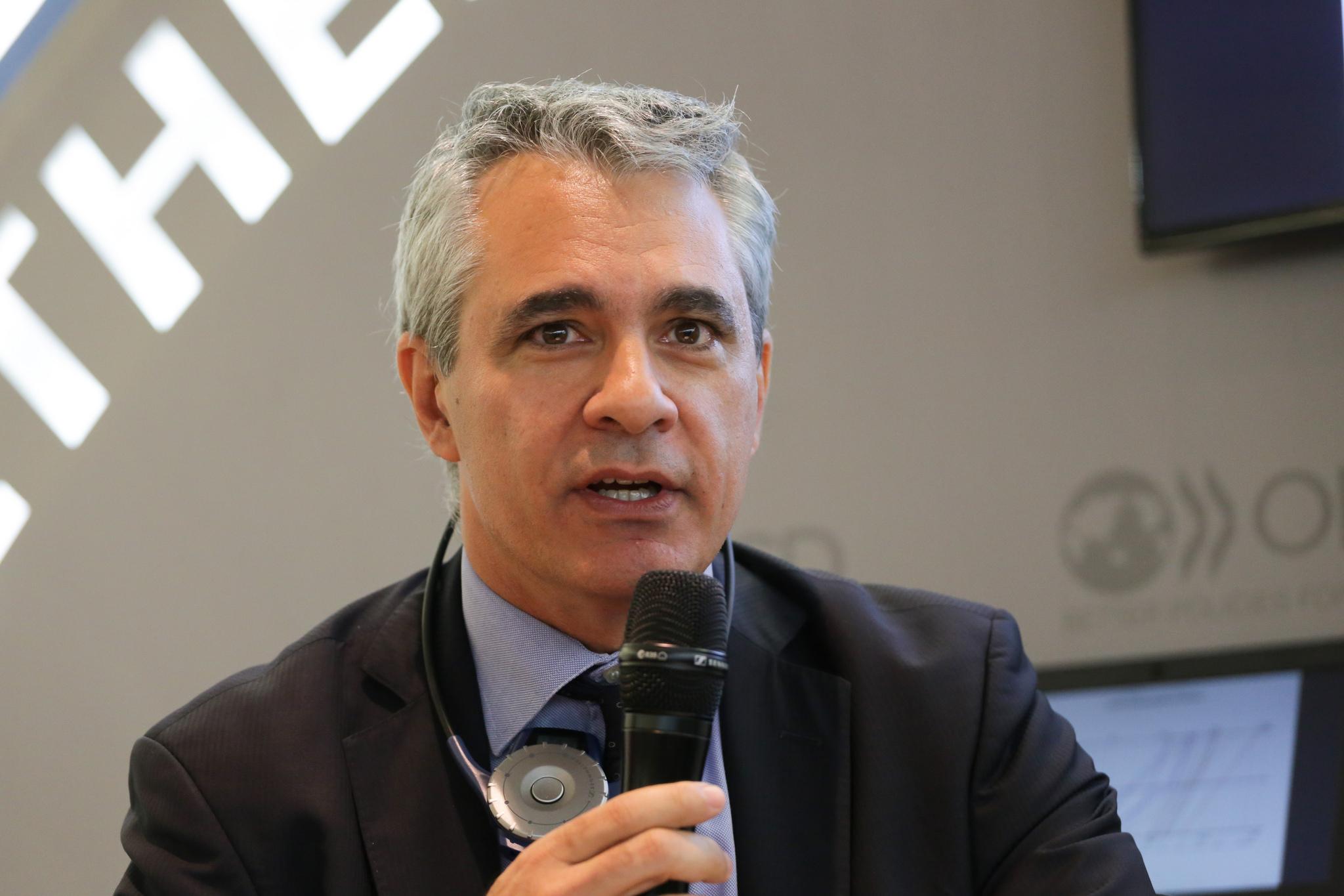 OECD utfordrer globaliseringens vinnere: vil bygge bro over økte forskjeller