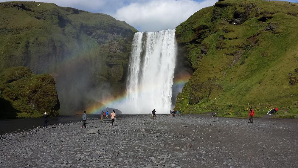Island: Turistboomen gör att svart arbete frodas