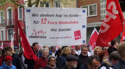 Danmark och Sverige visar gult kort i EU mot förslaget om minimilöner