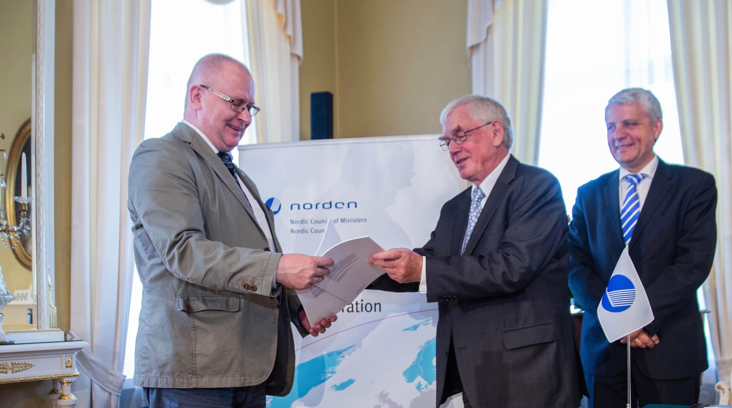 Tidigare EU-kommissionär Poul Nielson vill ha radikala nordiska reformer