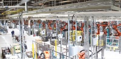 Robotisering och Mercedes ger tusen nya arbetsplatser i Finland