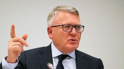 Arbetsministrarna bjuder in Nicolas Schmit till möte
